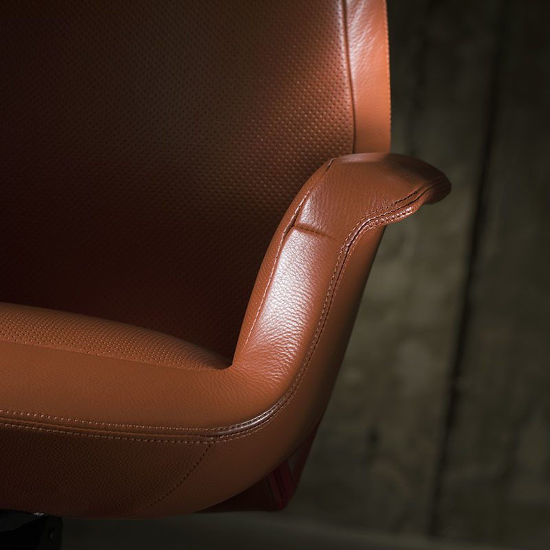 product-Furicco-genuine leather executive chair-img